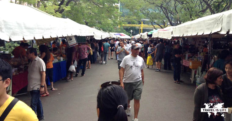 Salcedo Saturday Market in Makati Philippines